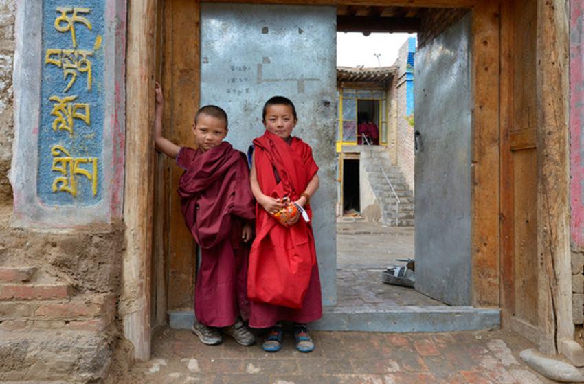 tibet live reportage kinoprogramm im kinopolis main taunus. Black Bedroom Furniture Sets. Home Design Ideas