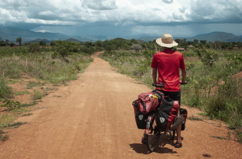Anderswo Allein In Afrika Trailer